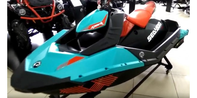 Обзор гидроцикла BRP SEA-DOO SPARK 2UP 900 HO ACE TRIXX>